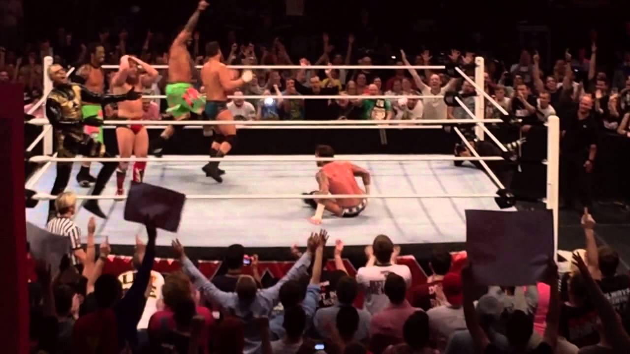Problemas en backstage con R-Truth - Futuro de Rob Van Dam - CM Punk bromea con Roman Reigns - Título podría cambiar de manos próximamente - Buenas noticias para Big Show Maxresdefault