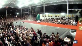 Missa Com Padre Robson, Do Divino Pai Eterno, Atraí