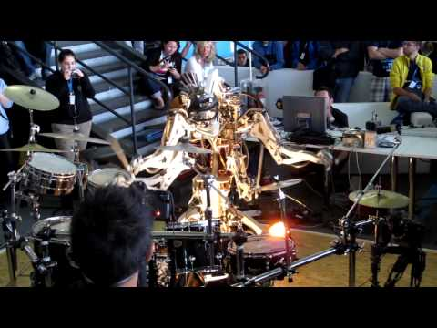 Drum-Robot playing Hey Ho, Let's Go by The Ramones