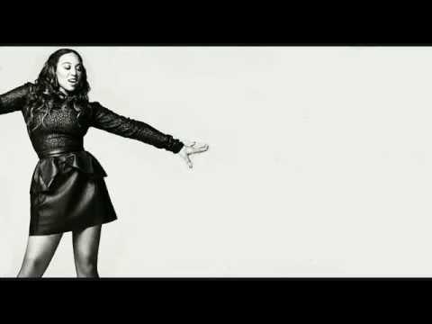 Melanie Amaro pemenang X-Factor dari USA, enak banget ini lagunya pas di nyanyiin di ulang tahun RCTI #ultahRCTI