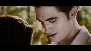 THE TWILIGHT SAGA: BREAKING DAWN PART 2 Teaser Trailer