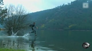Lari diatas air