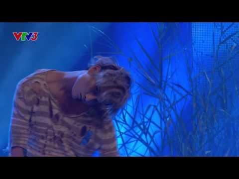 Vietnam's Got Talent 2016 - Chung kết 1 - Ngọc Hải bẻ xương kinh dị