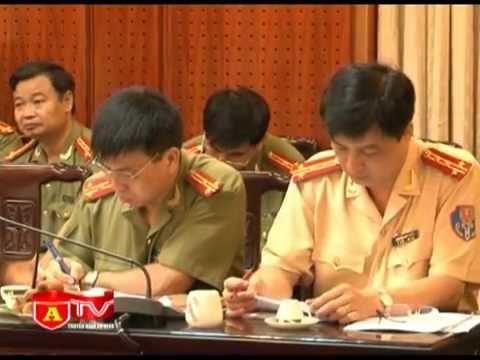 Thứ trưởng Bộ Công an Phạm Quý Ngọ làm việc với CATP Hà Nội
