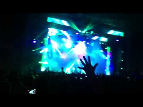 Calvin Harris feat. florence / C.U.B.A. - live 2014