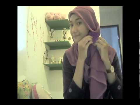Hijab Tutoria Square: Simple Jilbab Paris by Dheanita Tribuana