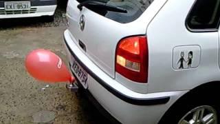 Último modelo de sensor trasero de aparcamiento: un barato globo bien inflado