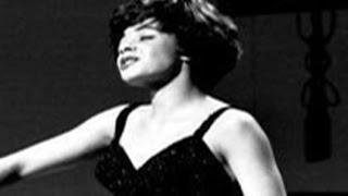 The Wayward Wind / Born To Sing The Blues Shirley Bassey
