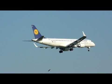 Lufthansa CityLine Embraer ERJ-190 landing