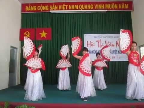 12. Múa: Nét đẹp Việt Nam 12A5 - Chung kết văn nghệ 20/11 THPT Hiệp Bình 2015-2016