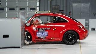 2013 Volkswagen Beetle kaza testi - IIHS
