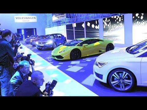Premierenfeuerwerk auf dem Volkswagen-Konzernabend in Genf