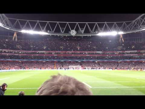 Mesut Ozil misses penalty - Arsenal 0 FC Bayern Munchen 2 - Champions League (19/2/14)