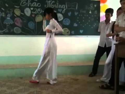 Nhảy Roly Poly ( 11cb5,THPT Nguyen Trung Truc KG.2011-2012)