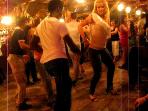 Mouaze & Renna - dancing Salsa at CdB Summer Salsa Camp 2011
