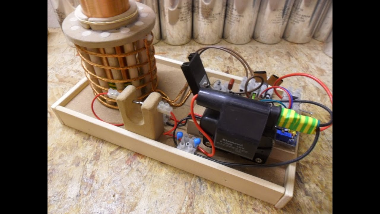 Nikola Tesla Coil - Update 2 First try out, Ignition coil, 555 timer ...
