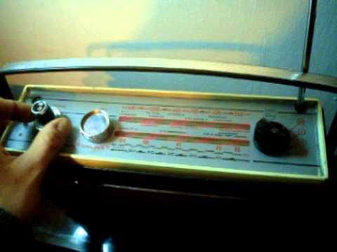 antigua radio philips colette automatic