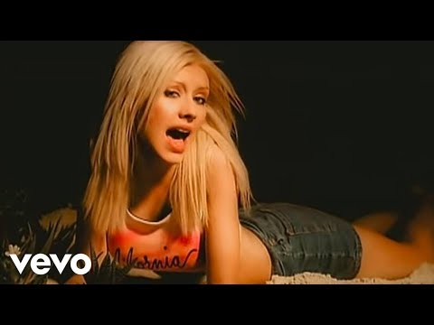 Christina Aguilera - Genio Atrapado, Music video by Christina Aguilera performing Genio Atrapado. (C) 2000 BMG Entertainment