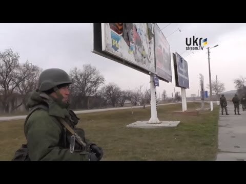 Russian soldiers in Kerch talk to Ukrainian Journalist in Crimea Ukraine