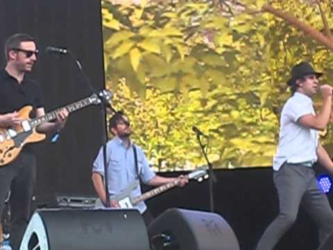 maximo park - the national health / graffiti - live - hyde park - london - 5/7/14
