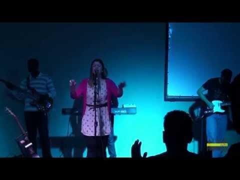 Laura Souguellis - Santo Espirito (Holy Spirit).Culto Altas Horas