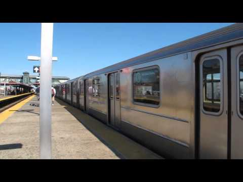 R62A 7 Train Action at Junction Boulevard