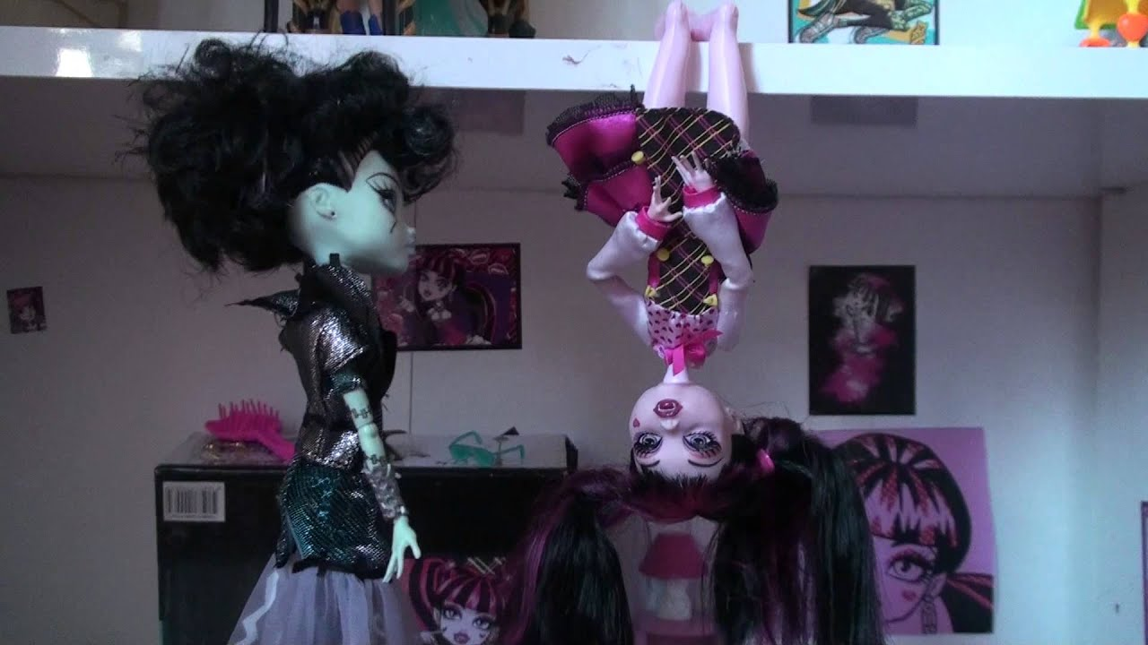 Ma nouvelle maison monster high avec ascenseur youtube for Ascenseur maison