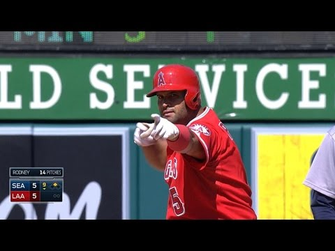 Pujols ties game, does Rodney impression with Trout