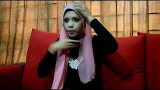 Page 1 of comments on Tutorial : Cara Memakai Tudung Halfmoon Aishah