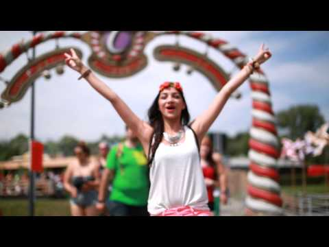Tomorrowland 2014 | Colourbomb