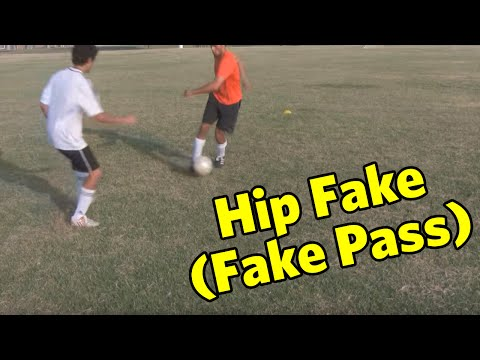 Soccer Move: The Hip Fake (Fake Pass)