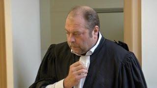 بالفيديو | هذا كل ما يجب أن تعرفوه عن المحامي الوحش الذي يدافع عن سعد المجرد |