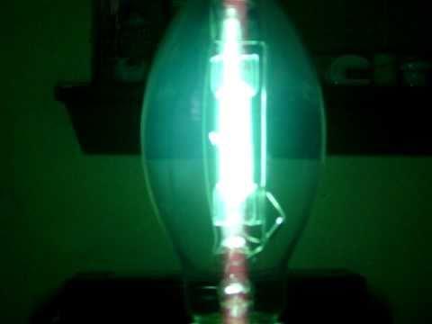 175 watt clear mercury vapor lamp start up youtube. Black Bedroom Furniture Sets. Home Design Ideas