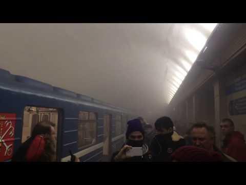 Al menos 10 muertos en un ataque en el metro de San Petersburgo (Video)