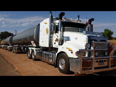 Caminhão Australiano I - Road Train - Vlog18rodas na Australia