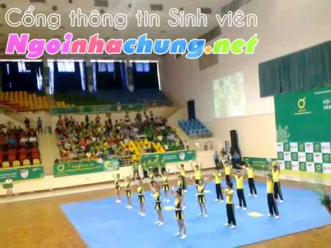 IUH Cheerleading Team tại U-League 2012 -  21/10/2012 [Ngoinhachung.net]