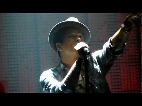 Bruno Mars - Our First Time - live Manchester 2 november 2011 - HD