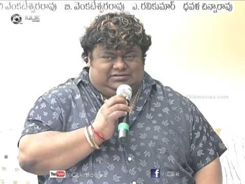 Erra-Bus-Movie-Press-Meet---Dasari-Narayana-Rao--Manchu-Vishnu--Catherine-Tresa