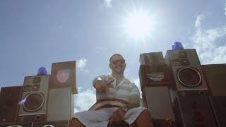 Seth Gueko -- Barbeuk (enfin l'été) [CLIP OFFICIEL]