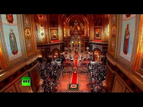 Прямая трансляция пасхального богослужения из храма Христа Спасителя