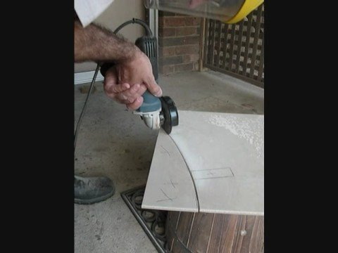 How to cut a circle in ceramic tile