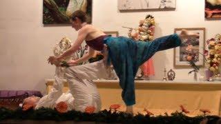 Asana Tanz Vorführung