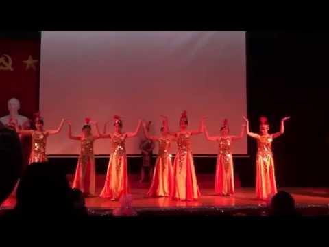 Hát múa Dòng máu lạc hồng - K33E Chung kết