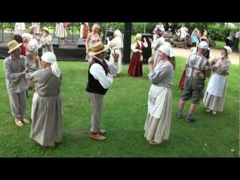 Festivāla BALTIKA 2012 koncerts 'To celiņu es pazinu' pie Ikšķiles tautas nama - 00628