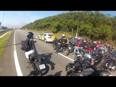 FABINHO DA HORNET - POLICIAL BRAVO COM AS BUZINAS - MAIS DE 150 MOTOS NO COMBOIO!!!