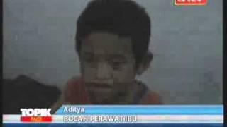 Aditya: Bocah 5 Tahun, Merawat Ibunya Yang Lumpuh.flv