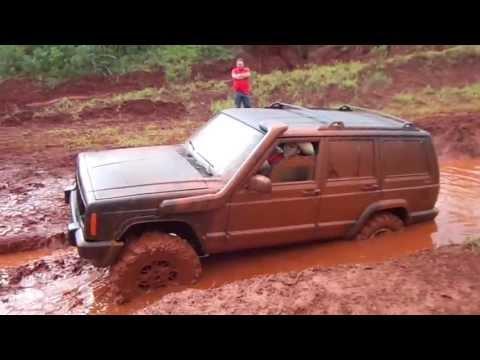 Pista Jeep clube Apucarana - 20/07/2013