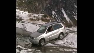 RAV 4 (2001) OFF ROAD.wmv