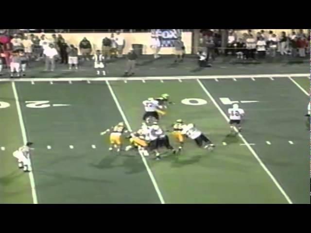 After scrambling a ways Oregon LB Ryan Klaasen eventually sacks Arizona's QB 9-04-97