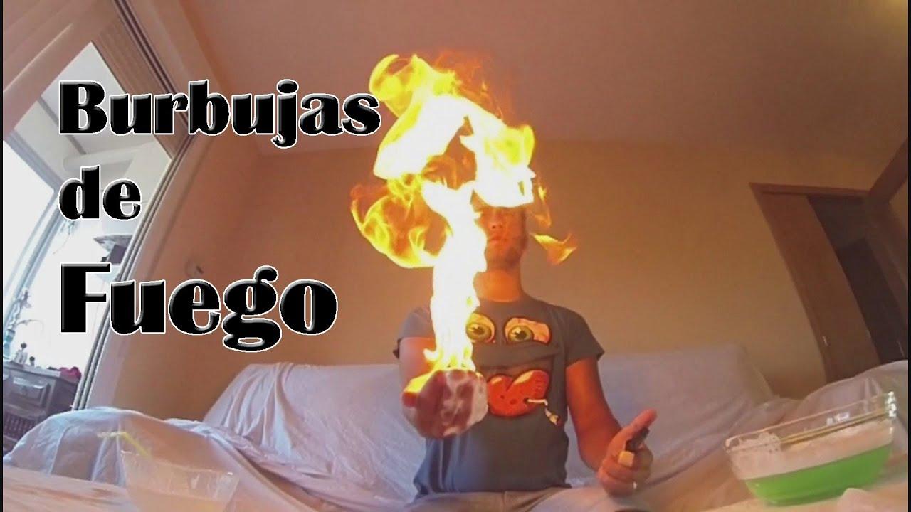 Burbujas De Fuego En Tu Mano